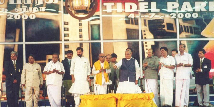 Then PM AB VAjapyee inaugrating the TIDEL PARK in Chennai. Also seen are TIDCO Chairman and Managing Director R Gopalan, Tamil Nadu Chief secreatary A Muthuswamy along with Union Ministers R Kumaramangalam, Ram Vilas Paswan, Pramod Mahajan, TR Balu and Murasoli Maran.