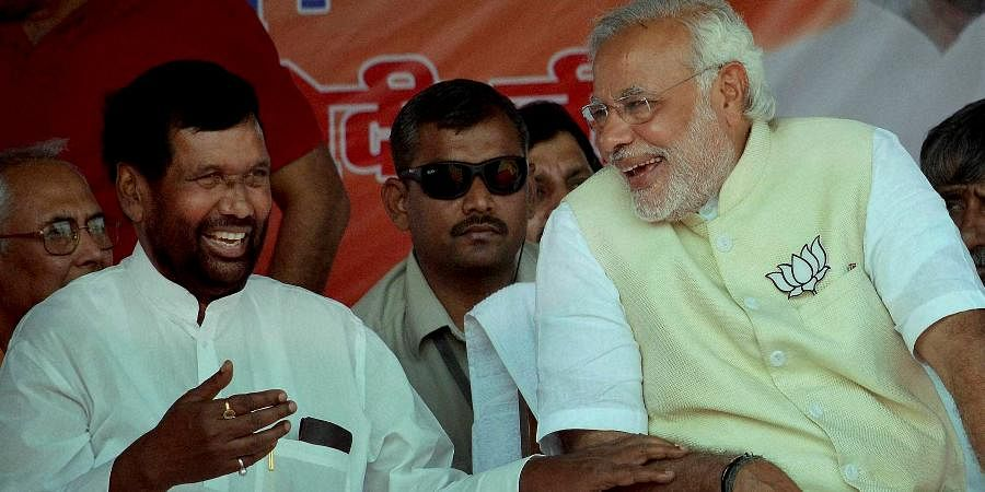 Narendra Modi and Ram Vilas Paswan during election campaign in Hajipur.