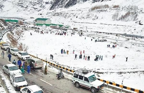 Atal tunnel closed for tourists as Covid hits villages