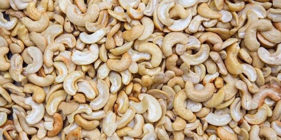 cashew nuts, cashews