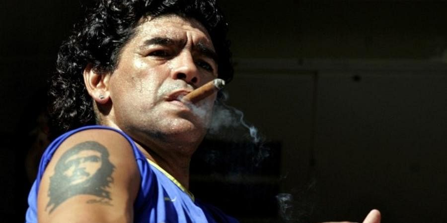 """Maradona had a tattoo of Argentine-born revolutionary Ernesto """"Che"""" Guevara on his right shoulder. An integral part of the Cuban revolution and close aide of Fidel Castro, Che was killed by US-backed Bolivian forces in 1967 during his attempt to ignite rebellion in the country. The football great reportedly likened himself to Guevara and declared the revolutionary his hero."""