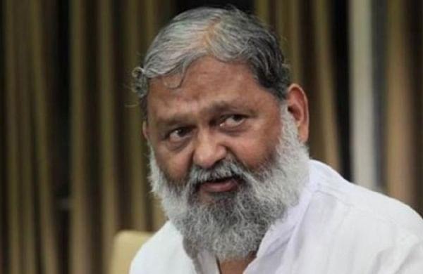 Haryana farmers raise slogans, show black flags to Anil Vij in Ambala