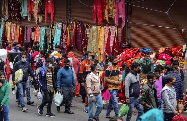 Fines for not wearing masks, discounts for shopping during lean hours among Centre's SOPs for markets
