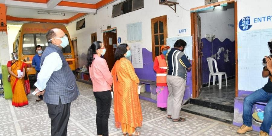 Greater Hyderabad municipal elections: Polling begins, around 74 lakh voters  expected to turnout- The New Indian Express