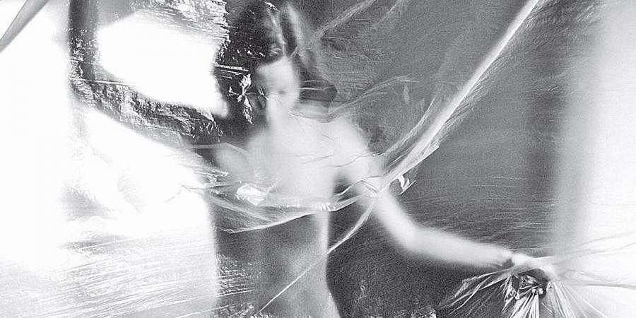 Entanglement, Attachment
