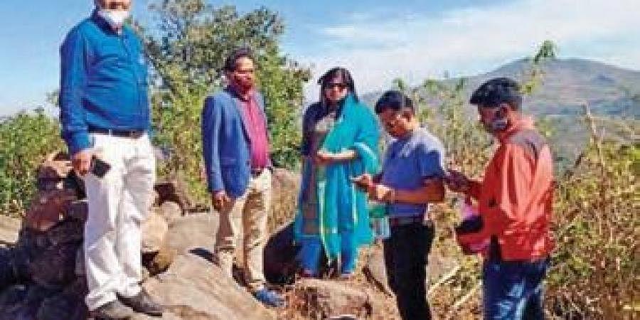 Koraput district officials at the Odisha -AP border in Sunabeda | Express
