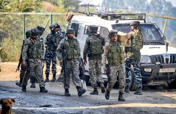 Four soldiers injured in grenade attack by militants in J-K's Kulgam