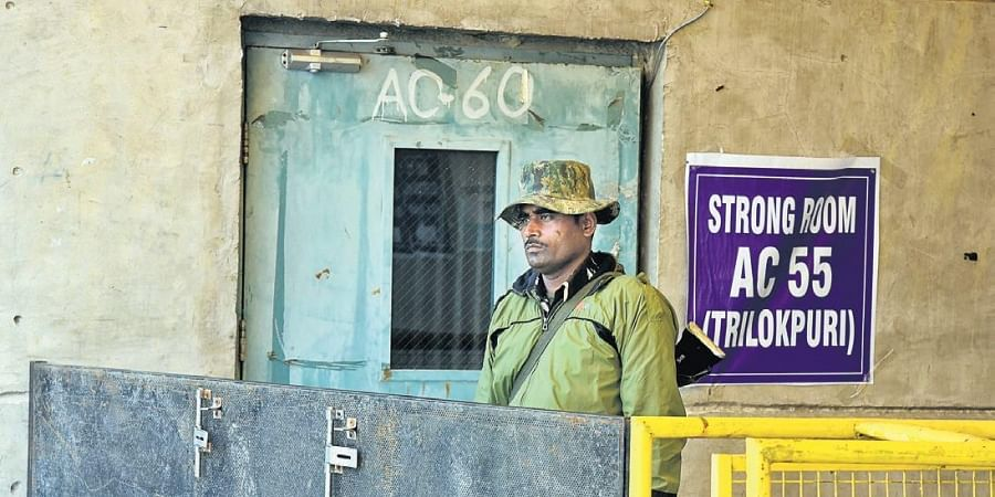 Apart from Delhi Police, paramilitary force personnel have also been deployed to guard the strong rooms. (Photo  EPS/Parveen Negi)