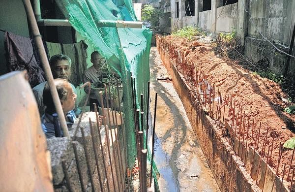 Fresh air a distant memory for Link Valley colony residents