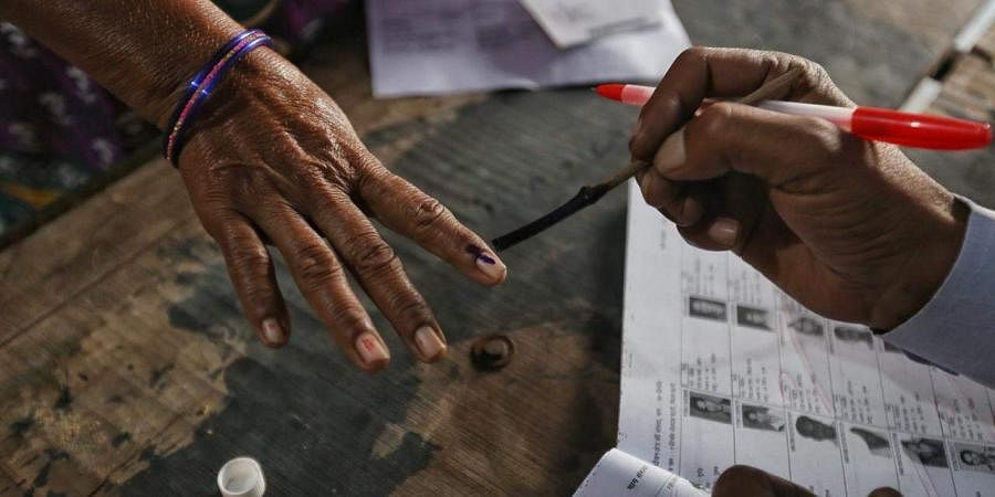 election-voting-inked-finger-photo2
