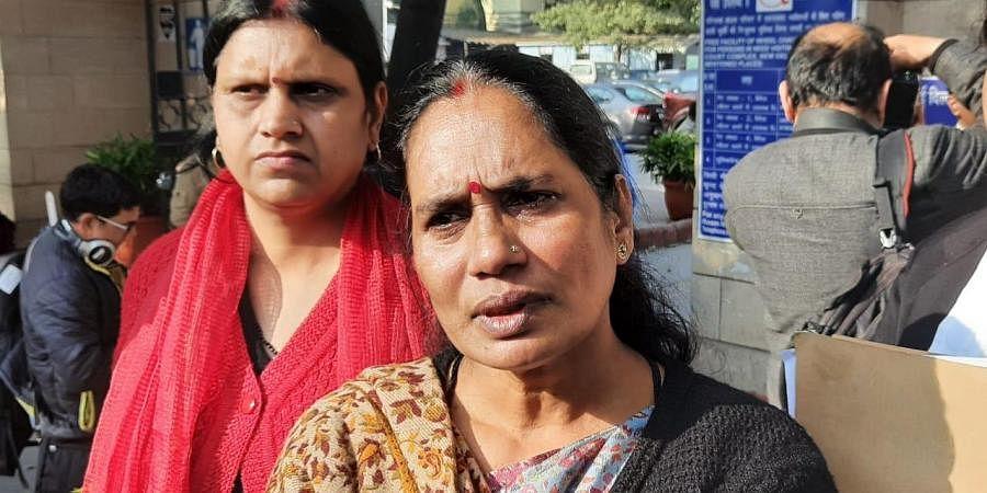 Nirbhaya's mother Asha Devi addresses the media outside the Patiala House court in New Delhi