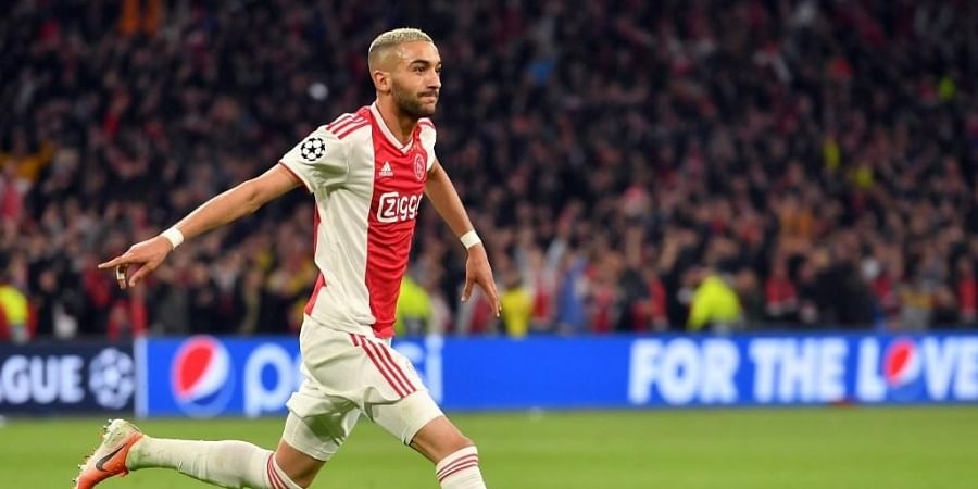 Wizard Of Ams Hakim Ziyech Agrees On 40 Million Euro Deal With