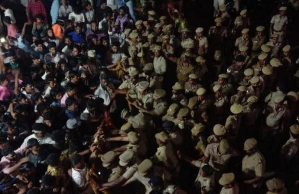 WATCH | Anti-CAA protestors, police clash in Chennai, 170 detained