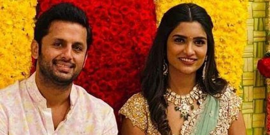 Telugu Actor Nithiin Gets Engaged To Longtime Girlfriend Shalini Check Out Their Pictures The New Indian Express