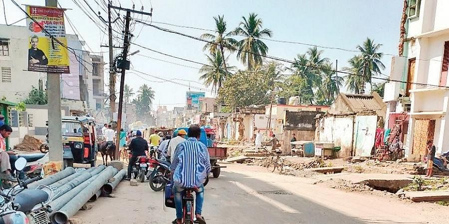 The stretch of road between Girija Chowk and Mango Market in Berhampur