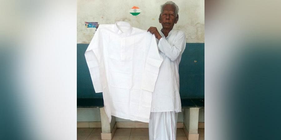 The weaver had parceled the Khadi kurta to Prime Minister's Office