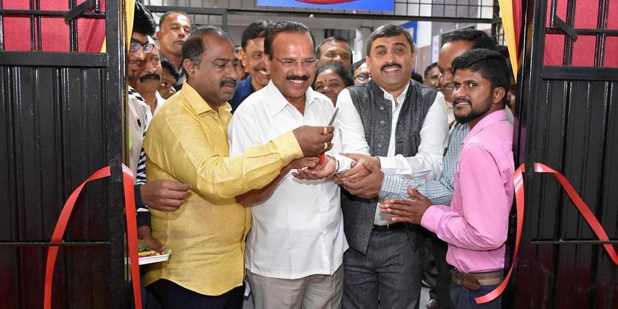 Union Minister D V Sadananda Gowda inaugurates the national head office of Cricket Association for the Blind