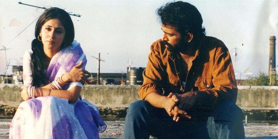 Bollywood actors Urmila Matondkar and Chakravarthy in gangster flick 'Satya'.