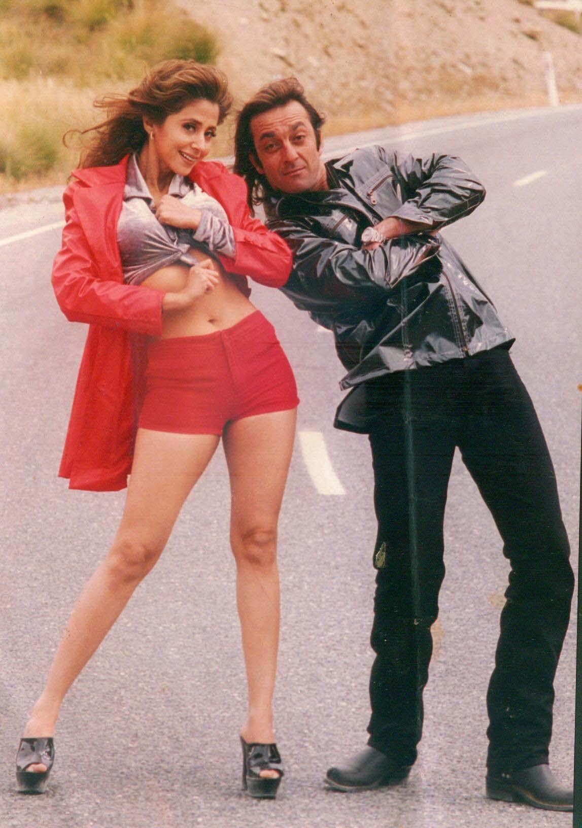 Bollywood actors Urmila Matondkar and Sanjay Dutt in 'Daud'.
