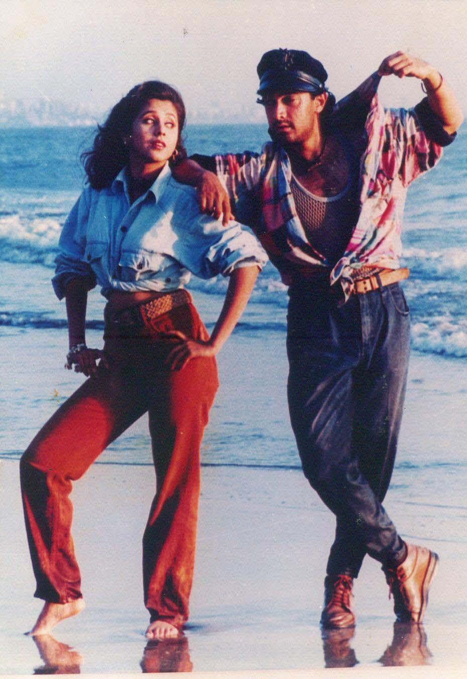 Bollywood actors Urmila Matondkar and Aamir Khan in 'Rangeela'.