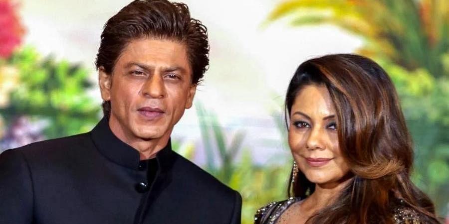 Bollywood actor Shah Rukh Khan with his wife Gauri Khan