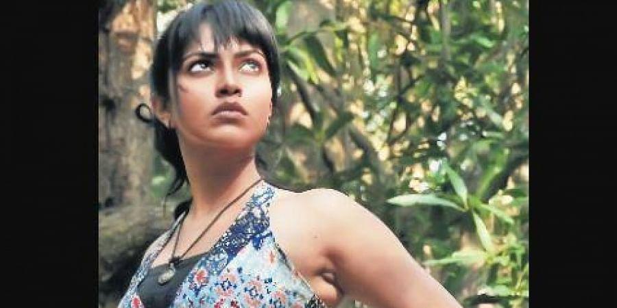 Amala Paul-starrer Adho Andha Paravai Pola