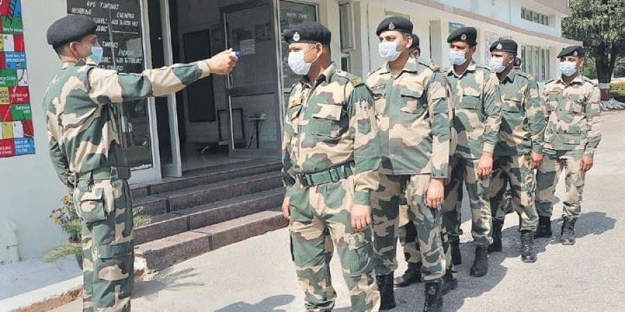 Thermal screening of BSF personnel being conducted in Jammu on Tuesday