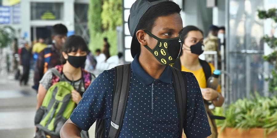 Passengers seen with face masks at Chennai Airport after the Corona outbreak.