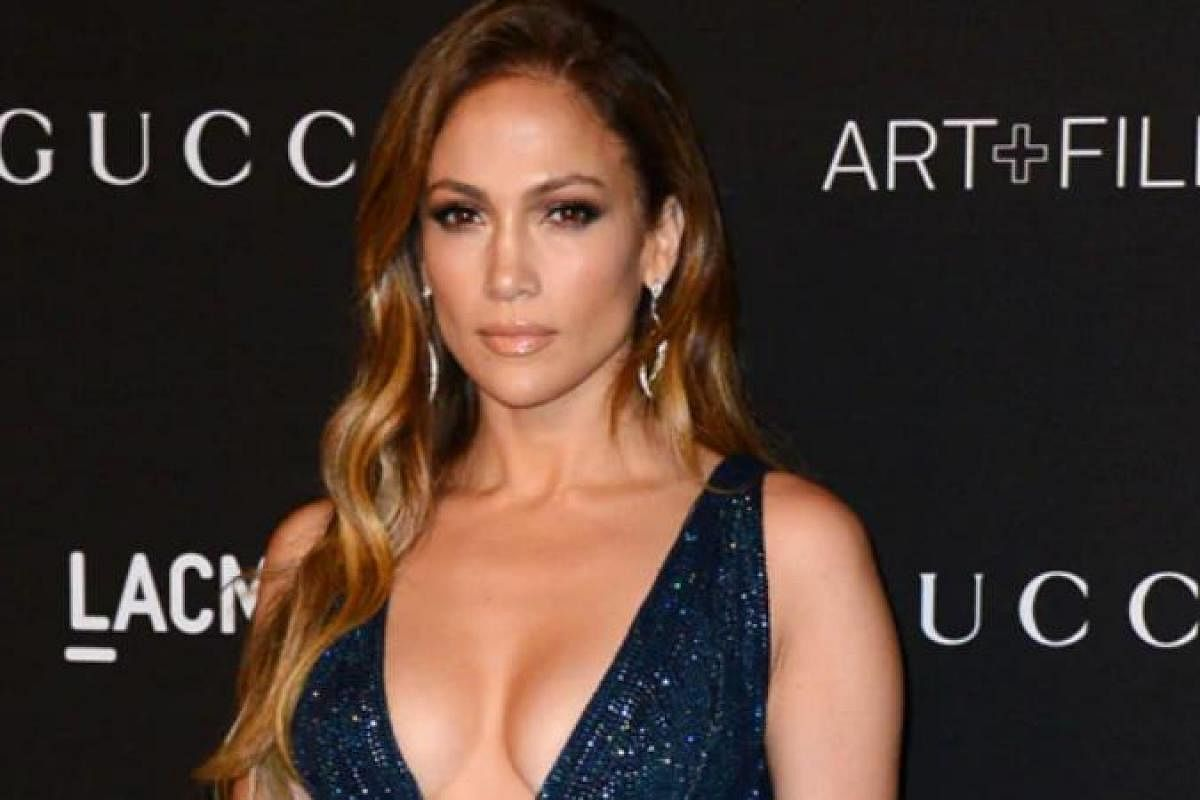 Jennifer Lopez S High School Boyfriend David Cruz Passes Away The New Indian Express