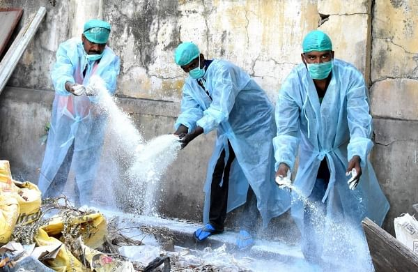 'Lived in congested houses, led to spread': 25 people who tested COVID-19 positive in Maharashtra