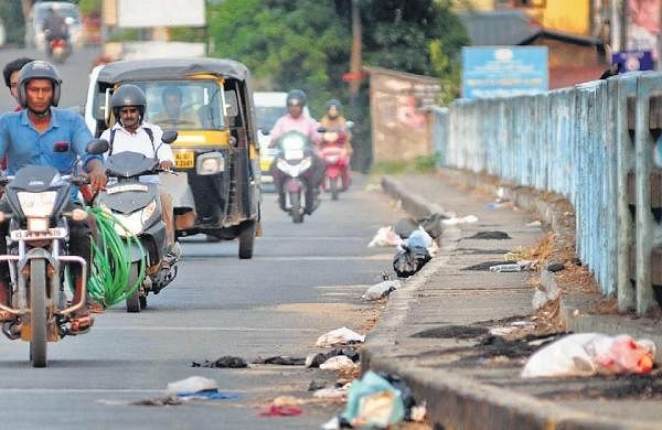 Flat dwellers in Kochi struggle to deal with garbage mess