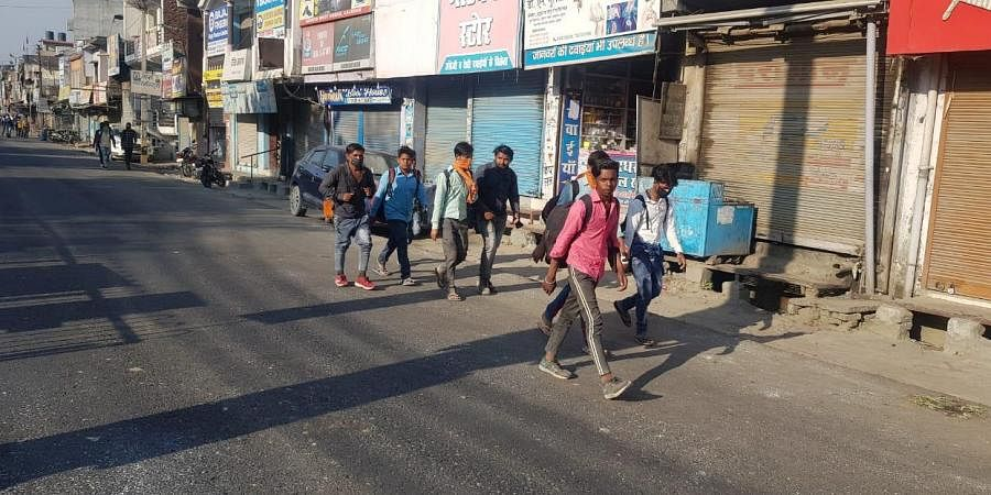 Many have to walk between 90-150 kilometers to reach their homes from Haldwani, Bageshwar and other other parts of Uttarakhand to Bareilly, Moradabad and Pilibhit among few.