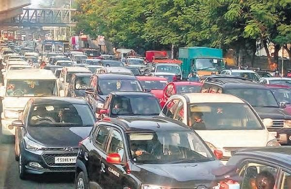 Hyderabad traffic jams have moved online now