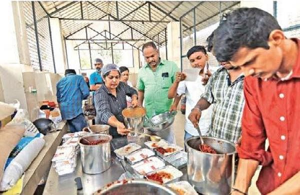 Community kitchens setto feed thousands