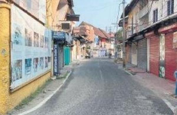 Jew Town traders stare at huge losses