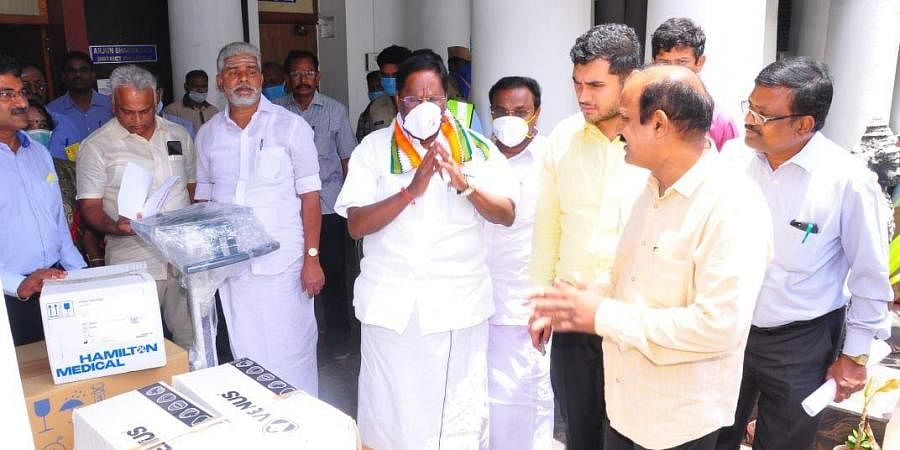 The Chief Minister received medical equipment and other medical essentials worth Rs 40lakhs donated by Karaikal Marg Port.