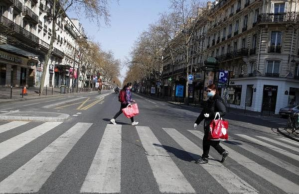 France extends coronavirus lockdown till April 15 as cases cross 33,000