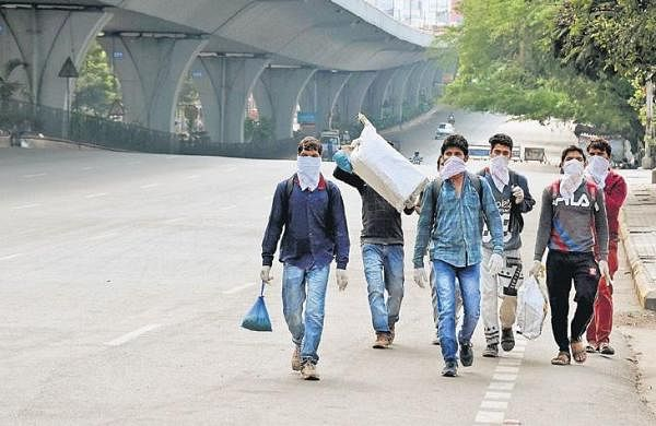 Techies scramble for funds to feed 3,000 migrants in Hyderabad
