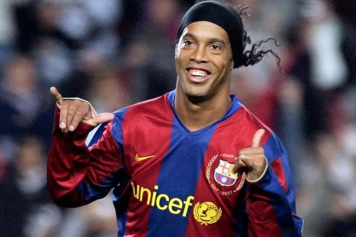 Barcelona Legend Ronaldinho And Brother Will Not Face Prosecution For Fake Passports The New Indian Express