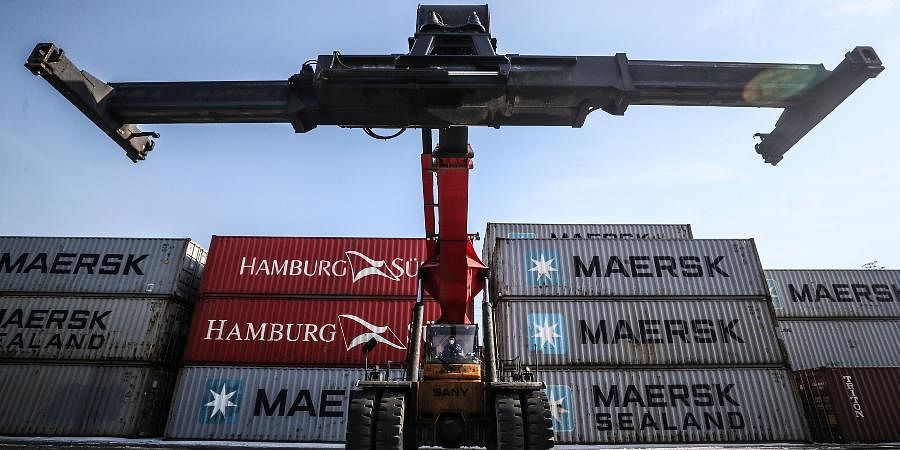 China exports, Port, Crane