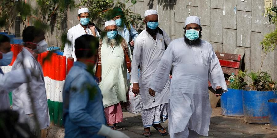 Coronavirus-suspected people being taken to hospital to check from Nizamuddin area on Tuesday