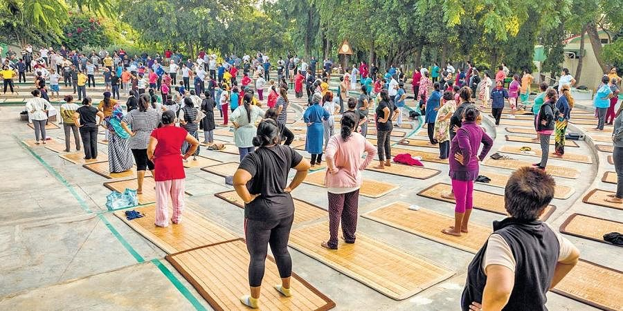 A 14-day free yoga class at Jindal Naturecure's facebook page
