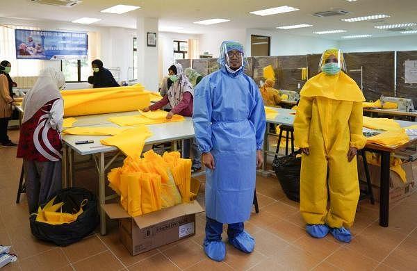 Global coronavirus death toll nears 96,000, confirmed cases exceed 1.6 million