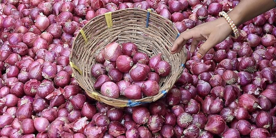 Onion prices touch Rs 75-80, to rise further due to floods- The New Indian Express