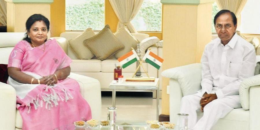 Chief Minister K Chandrasekhar Rao with Governor Tamilisai Soundararajan at Raj Bhavan on Wednesday