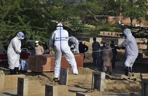 COVID-19:Pakistan's coronavirus cases reach 3,277, death toll rises to50; Punjab province worst hit