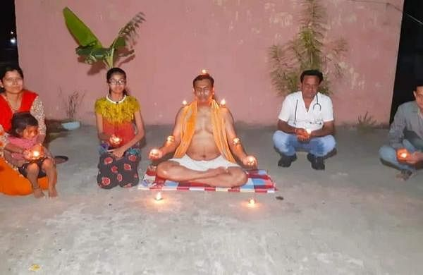 Patna's yoga teacher observed PM's diya call by meditating with seven diyas on his body