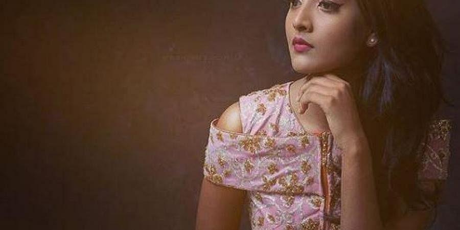 ActressNivedithaa Sathish