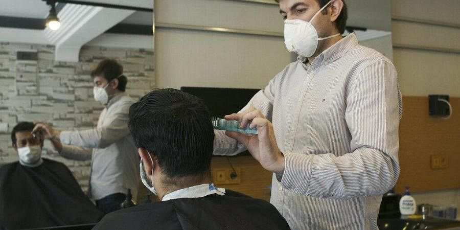 Barber shops reopen in Turkey amid COVID-19 pandemic.