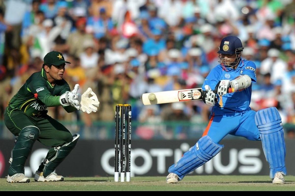My heart did not want him to get out': Ex-Pakistan captain on watching  Sachin Tendulkar bat- The New Indian Express